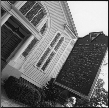 Photograph of the exterior of Beth Shalom's first synagogue