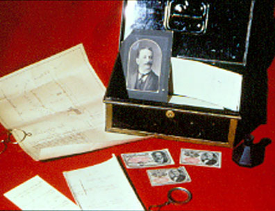 Metal box and photographs of John Marcus Klein (1858-1927) and family, ca. 1900